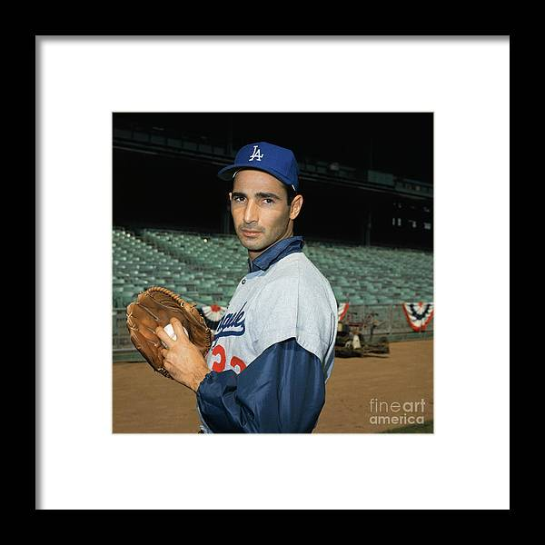 Sandy Koufax Framed Print featuring the photograph Baseball Player Sandy Koufax by Bettmann