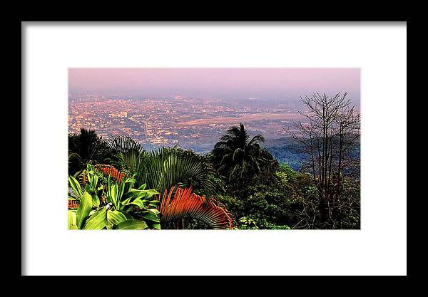 Scenics Framed Print featuring the photograph Chiang Mai by Davidhuiphoto