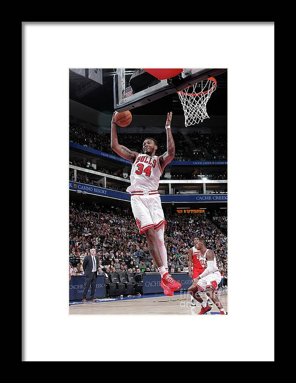 Chicago Bulls Framed Print featuring the photograph Chicago Bulls V Sacramento Kings by Rocky Widner