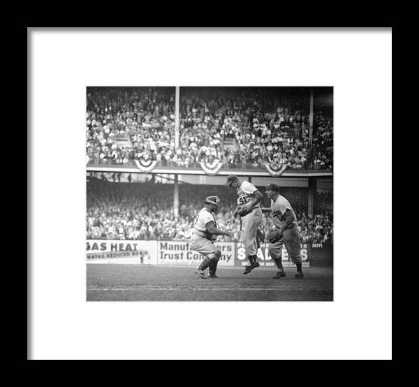 American League Baseball Framed Print featuring the photograph Clem Labine Center Is The Happiest Man by New York Daily News Archive