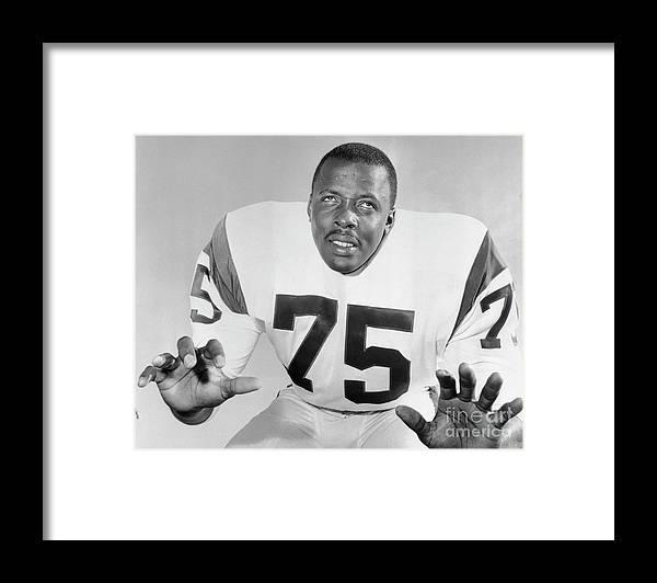 American Football Uniform Framed Print featuring the photograph Dave Deacon Jones by Bettmann