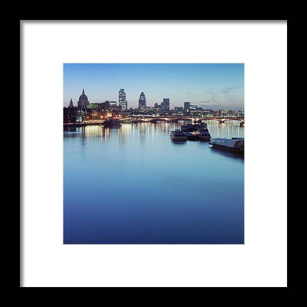 Blackfriars Bridge Framed Print featuring the photograph Dawn On The Thames Xxl by Beholdingeye