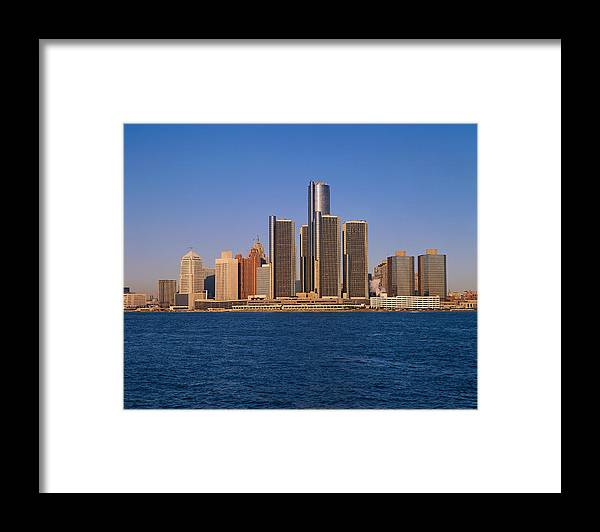 Detroit Framed Print featuring the photograph Detroit Buildings On The Water by Visionsofamerica/joe Sohm