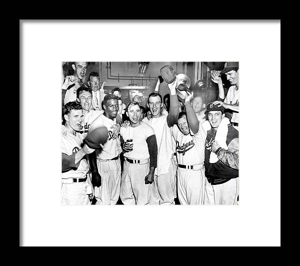 Horizontal Framed Print featuring the photograph Dodgers Celebrate In The Clubhouse by New York Daily News Archive