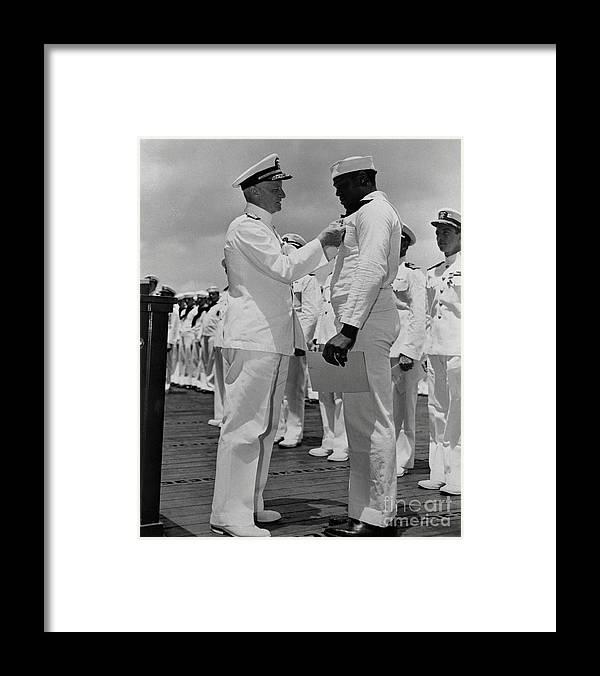 Honolulu Framed Print featuring the photograph Dorie Miller Receiving Navy Cross by Bettmann