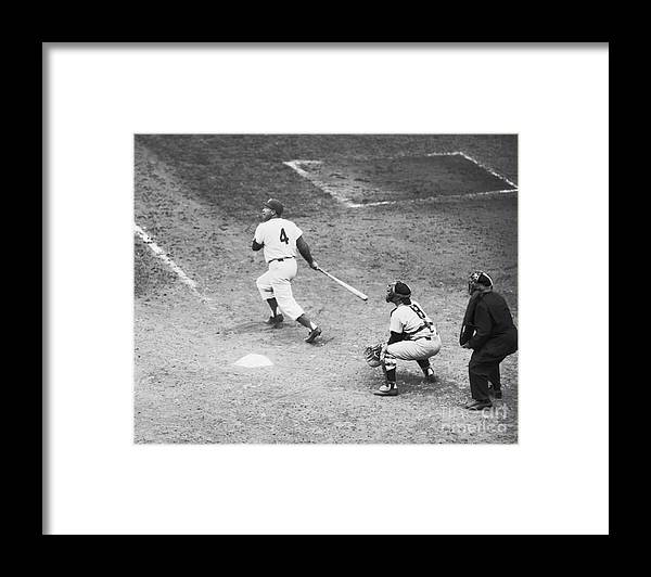 People Framed Print featuring the photograph Duke Snider Batting At Home Plate by Bettmann