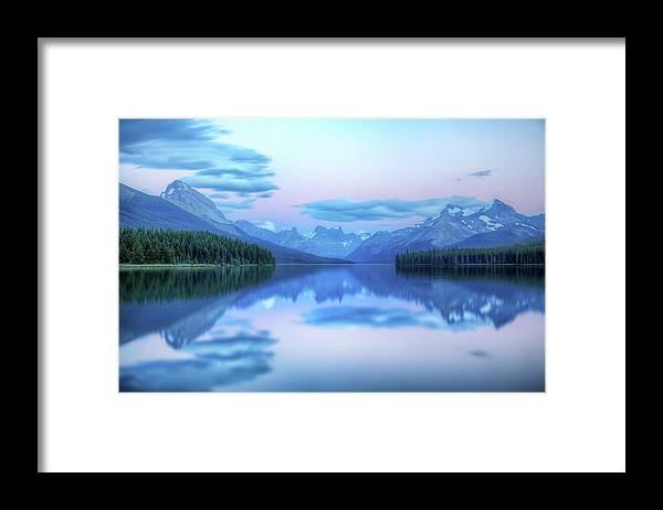 Moraine Lake Framed Print featuring the photograph Dusk On Maligne Lake by Bike maverick