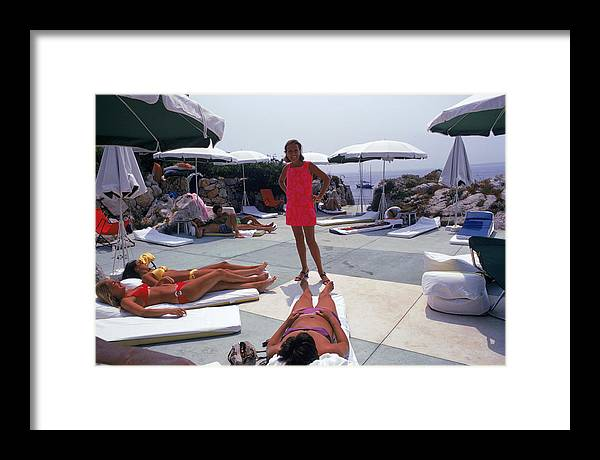 People Framed Print featuring the photograph Eden Roc Beach Club by Slim Aarons