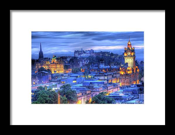 Tranquility Framed Print featuring the photograph Edinburgh Castle At Night by Exploring The World