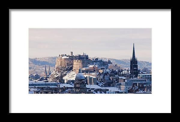 Snow Framed Print featuring the photograph Edinburgh Castle by Davidhills