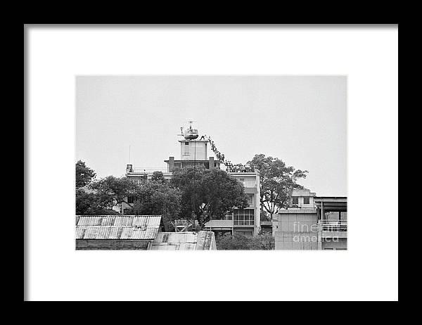 Working Framed Print featuring the photograph Evacuation Of Saigon by Bettmann