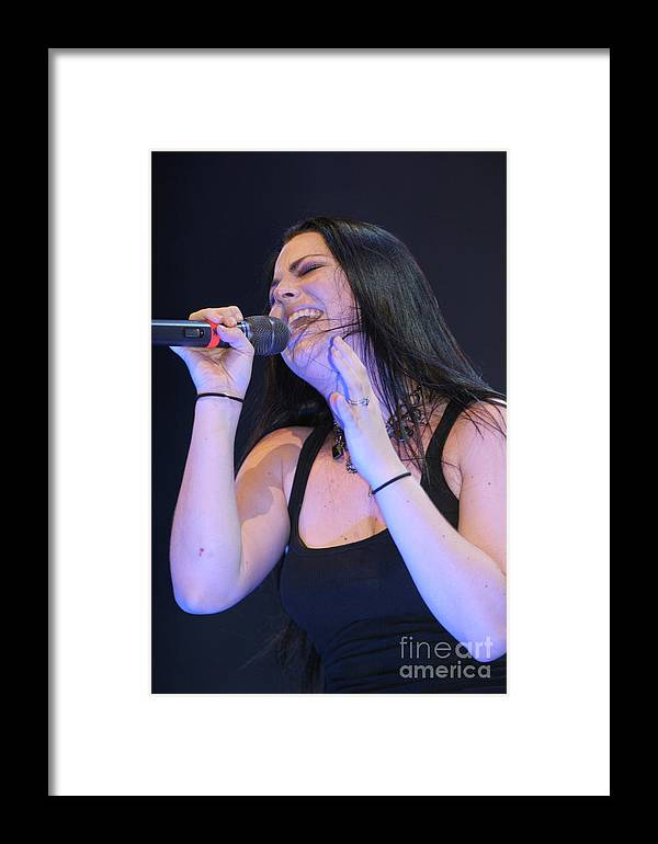 Evanesance Framed Print featuring the photograph Evanescence Singer Amy Lee by Concert Photos