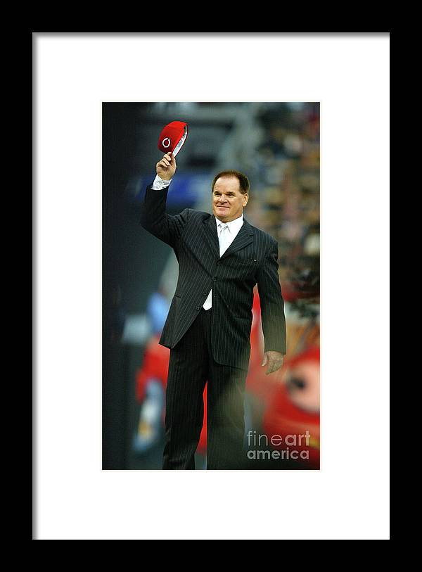 Crowd Framed Print featuring the photograph File Photo Pete Rose Admits To Betting by Donald Miralle
