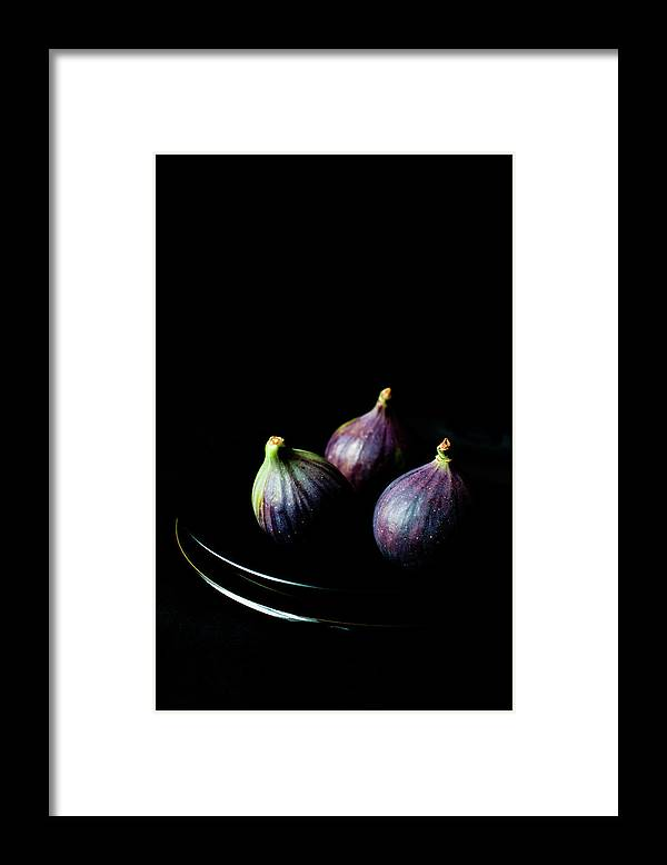 Black Background Framed Print featuring the photograph Fresh Figs On Black Background by Sarka Babicka