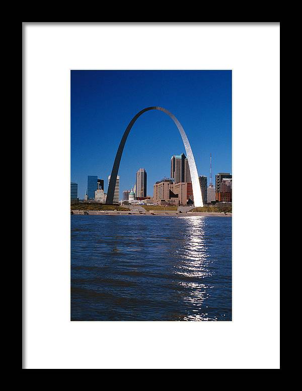 Arch Framed Print featuring the photograph Gateway Arch In St Louis, Missouri by Stockbyte
