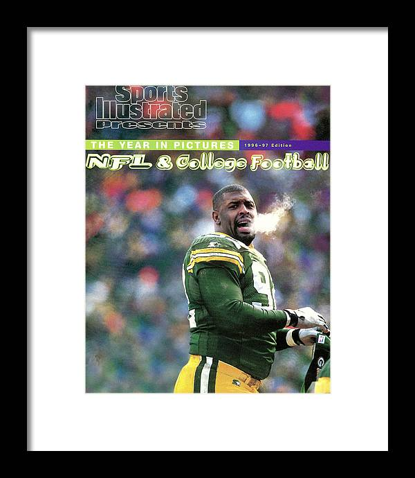 Green Bay Framed Print featuring the photograph Green Bay Packers Reggie White, 1997 Nfc Championship Sports Illustrated Cover by Sports Illustrated