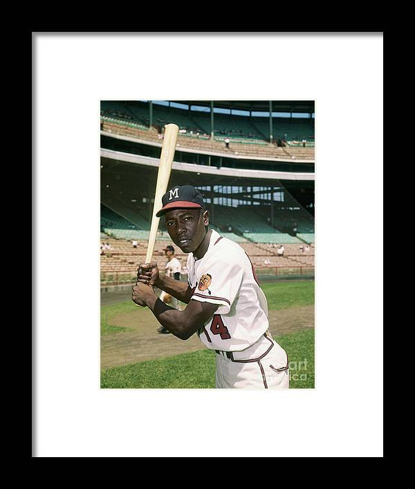 People Framed Print featuring the photograph Hank Aaron Of The Milwaukee Braves by Bettmann