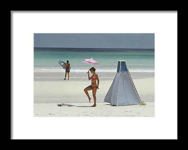 Water's Edge Framed Print featuring the photograph Harbour Island, Bahamas by Slim Aarons