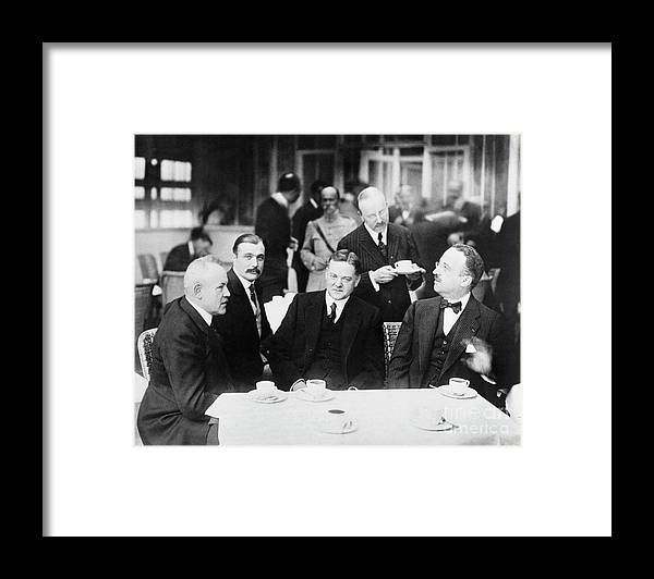 People Framed Print featuring the photograph Herbert Hoover Meeting With French by Bettmann