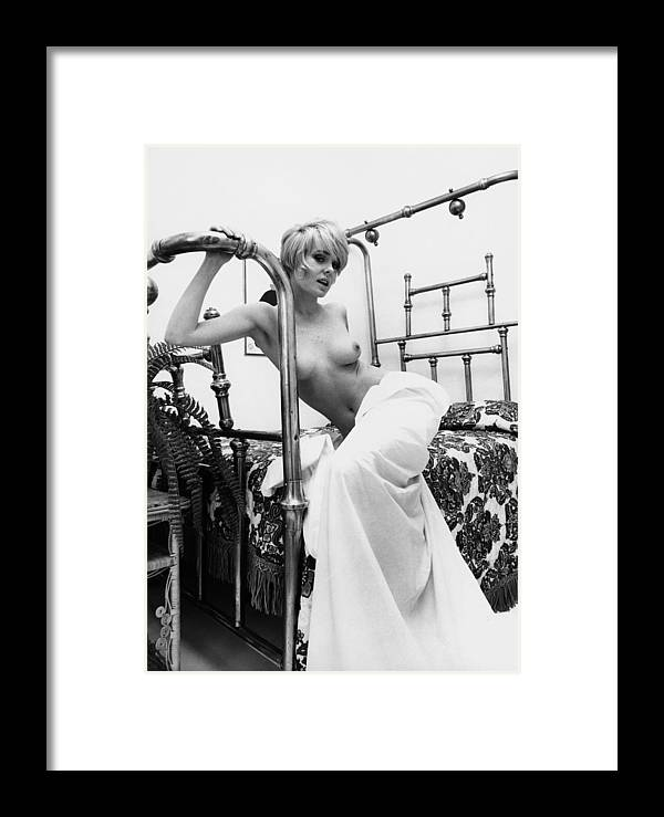 Joey Heatherton Portrait Session Framed Print By Harry Langdon
