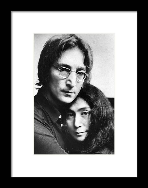 Yoko Ono Framed Print featuring the photograph John Lennon And Yoko Ono by New York Daily News Archive