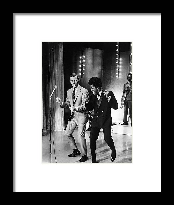 Singer Framed Print featuring the photograph Johnny Carsonjames Brown by Arthur Schatz