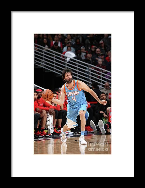 Nba Pro Basketball Framed Print featuring the photograph La Clippers V Chicago Bulls by Gary Dineen