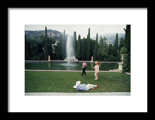 People Framed Print featuring the photograph La Leopolda by Slim Aarons