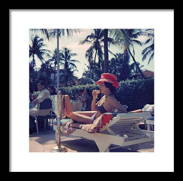 People Framed Print featuring the photograph Leisure And Fashion by Slim Aarons