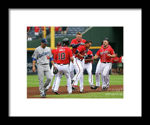 Atlanta Framed Print featuring the photograph Los Angeles Dodgers V Atlanta Braves by Joe Murphy