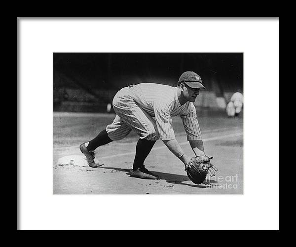 People Framed Print featuring the photograph Lou Gehrig At First by Transcendental Graphics