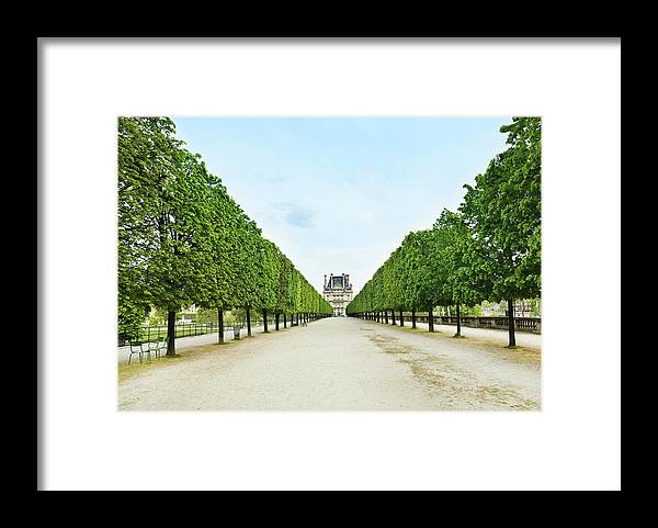 Scenics Framed Print featuring the photograph Louvre In Paris by Nikada
