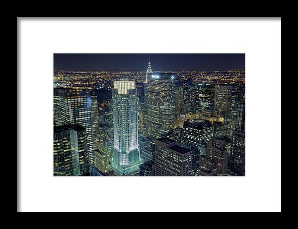 Metropolitan Life Insurance Company Tower Framed Print featuring the photograph Madison Avenue by Terence Chang