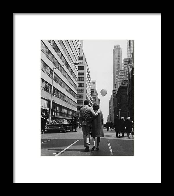 Young Men Framed Print featuring the photograph Manhattan Street Scene by Fpg