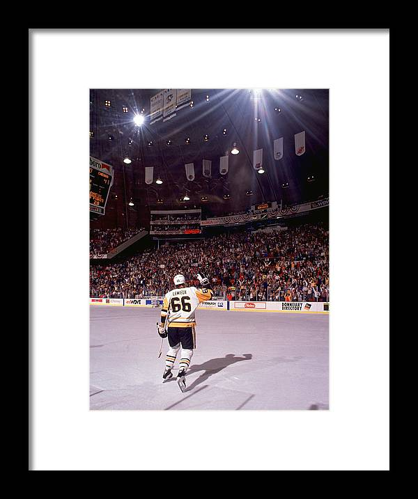 Playoffs Framed Print featuring the photograph Mario Lemieux Waves To The Crowd by B Bennett