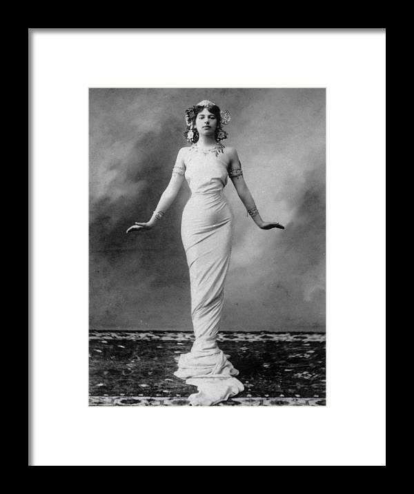 War Framed Print featuring the photograph Mata Hari by Hulton Archive