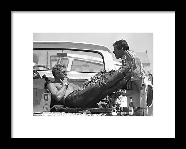 Timeincown Framed Print featuring the photograph Mcqueen & Ekins Talk by John Dominis