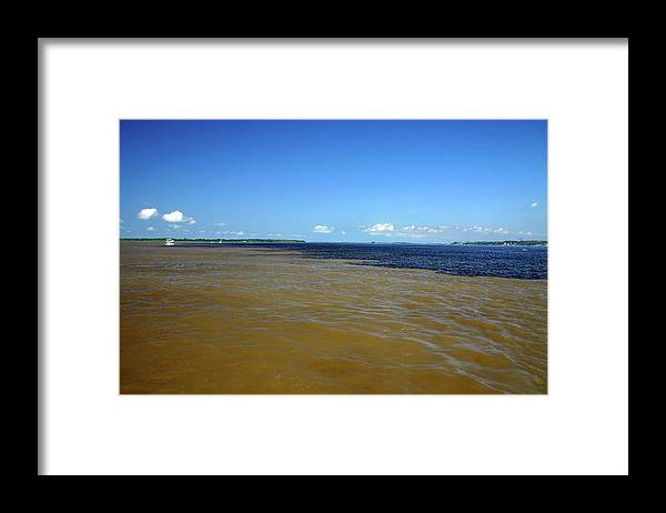 Scenics Framed Print featuring the photograph Meeting Of Waters by Eduardo Bassotto