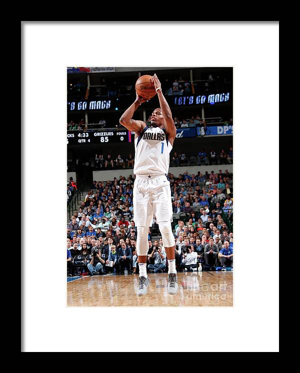 Nba Pro Basketball Framed Print featuring the photograph Memphis Grizzlies V Dallas Mavericks by Danny Bollinger