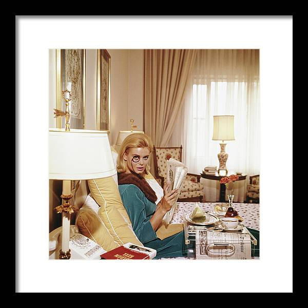 People Framed Print featuring the photograph Monocled Miss by Slim Aarons