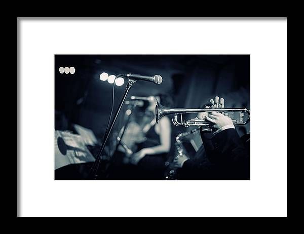 Singer Framed Print featuring the photograph Night Club by Tunart