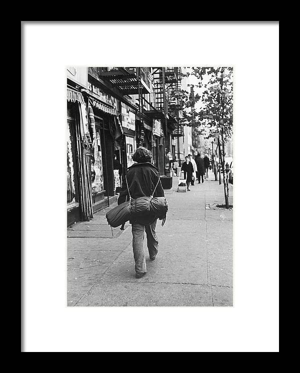 People Framed Print featuring the photograph On The Streets Of The East Village, 1967 by Fred W. McDarrah