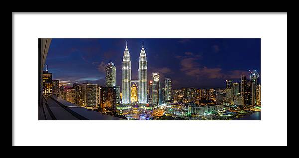 Panoramic Framed Print featuring the photograph Panoramic View Of Petronas Twin Towers by Www.imagesbyhafiz.com