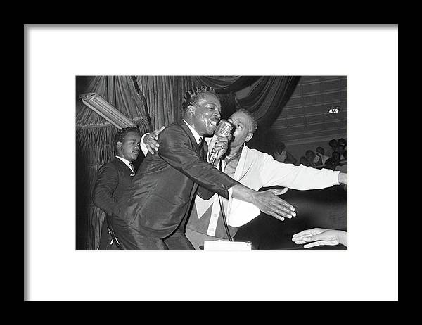 Wilson Pickett Framed Print featuring the photograph Performing At The Harlem Armory by Michael Ochs Archives