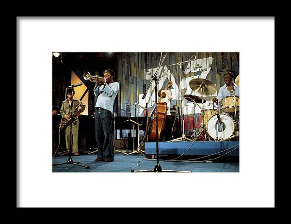 Music Framed Print featuring the photograph Photo Of Jazz Messengers And Art Blakey by Andrew Putler