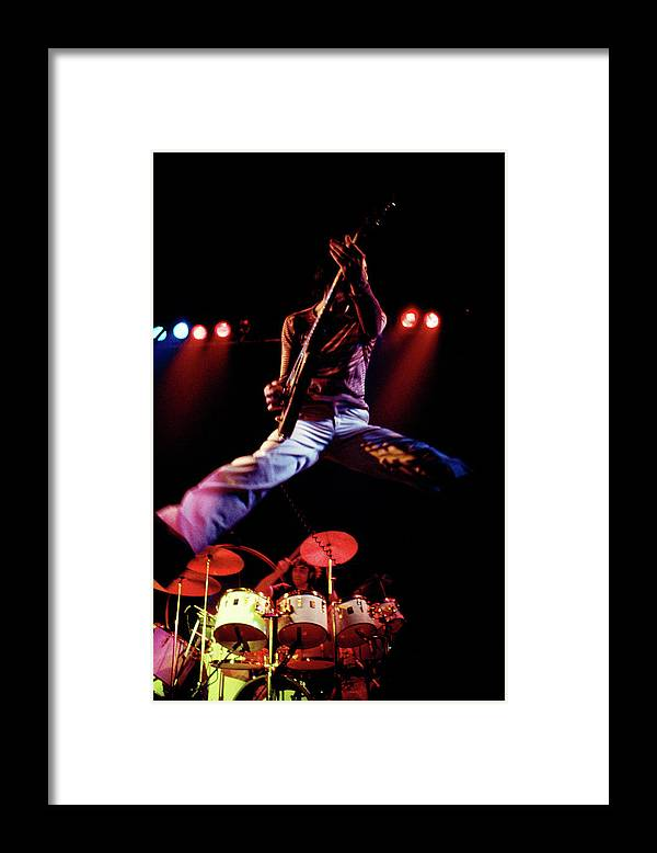 People Framed Print featuring the photograph Photo Of Who And Keith Moon And Pete by Andrew Putler