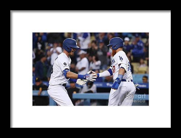 Three Quarter Length Framed Print featuring the photograph Pittsburgh Pirates V Los Angeles by Victor Decolongon