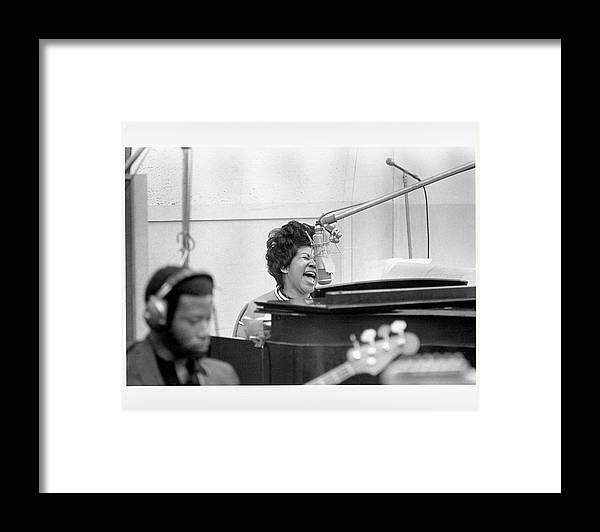 The Weight Framed Print featuring the photograph Queen Of Soul Recording In Ny by Michael Ochs Archives