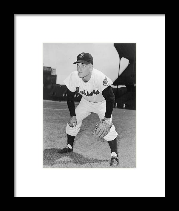 People Framed Print featuring the photograph Roger Maris by Hulton Archive