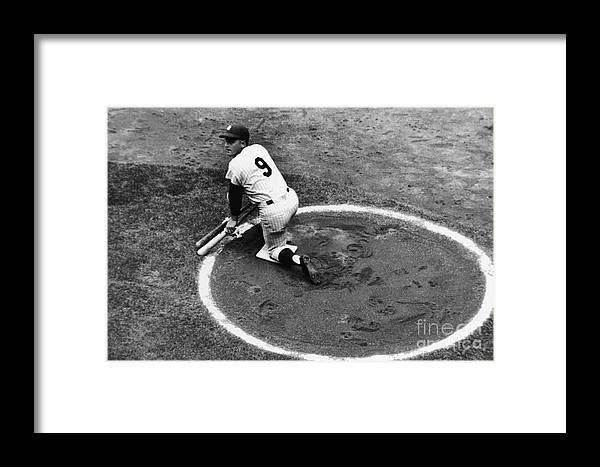 On-deck Circle Framed Print featuring the photograph Roger Maris On Deck by Robert Riger